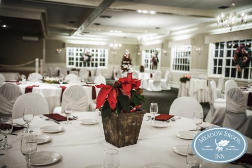3Ballroom Holiday Tablescape copy